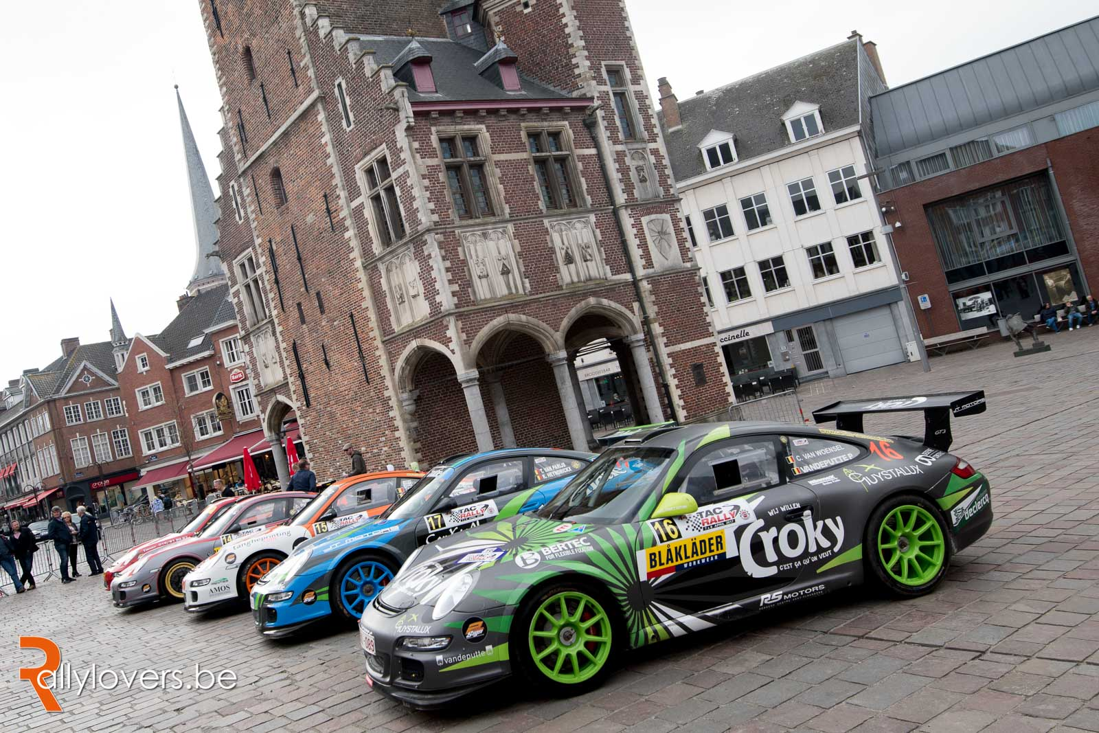 8x Porsche GT3 aan de start in de TAC !