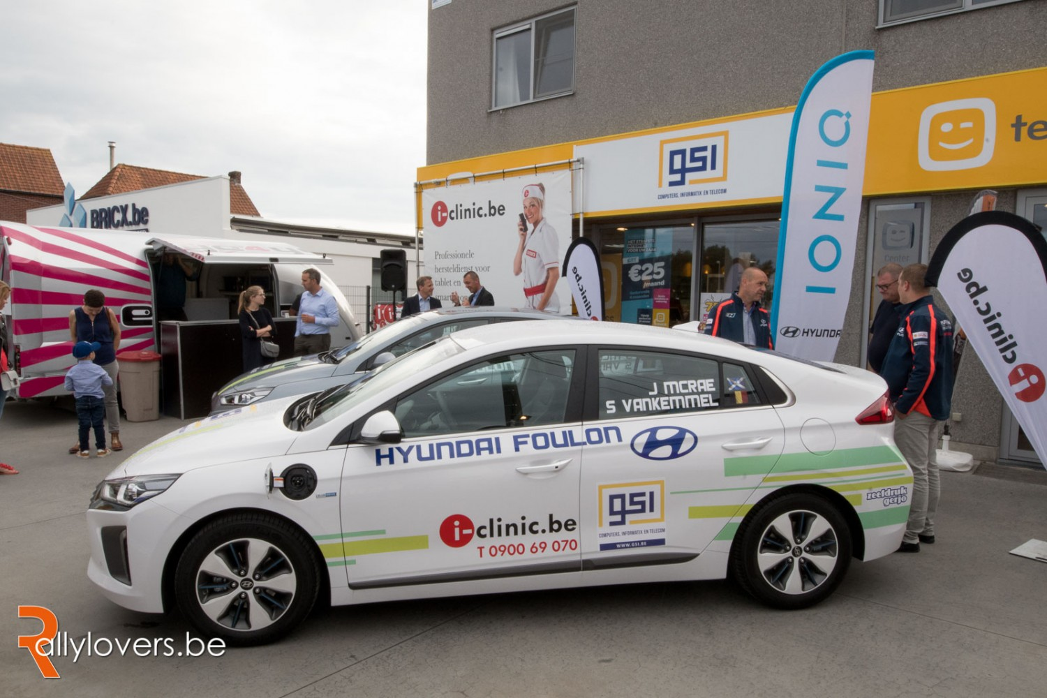 Voorstelling Hyundai's E-Rally bij GSI en i-clinic in Roeselare